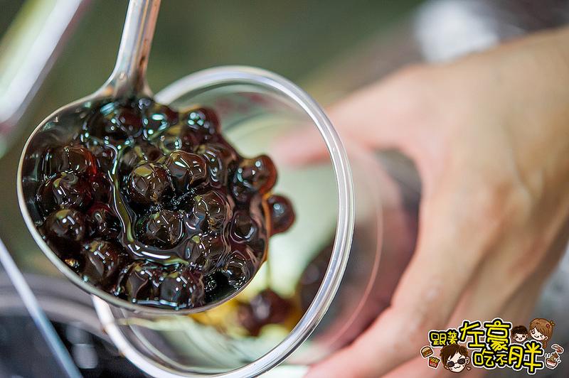 [高雄美食] 陶壺沖泡|古法悶煮「甘記老舖」甘蔗原汁鮮甜、大顆珍珠Q彈!