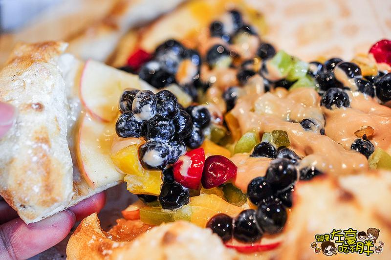 [高雄美食] 珍珠奶茶披薩x創意料理 Tino's Pizza/cafe堤諾披薩 (大魯閣草衙道1F門市)