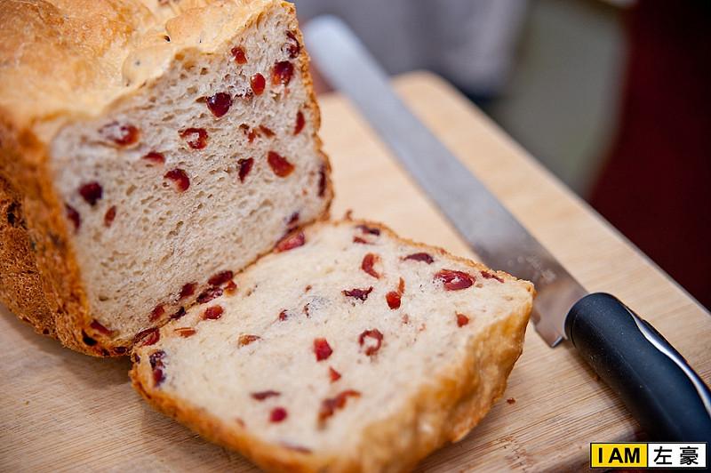 [開箱] 歌林麵包機(KT-LNB02) ONE TOUCH做麵包