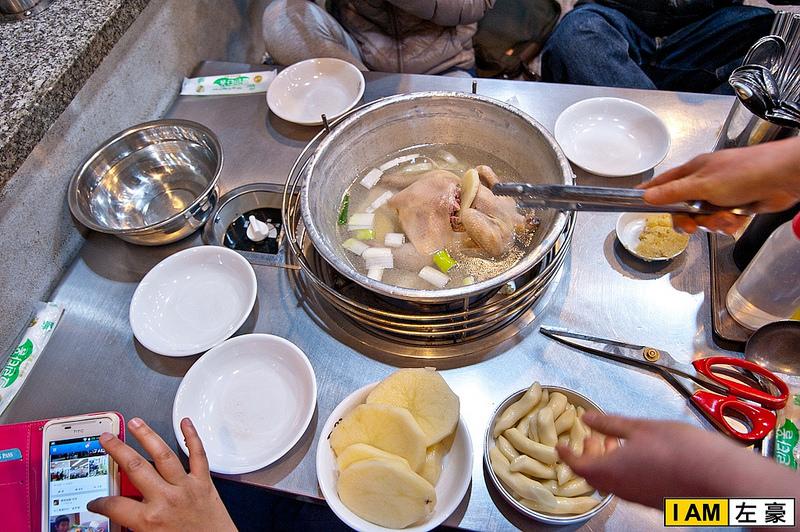 [國外旅遊] 韓國首爾自由行。陳玉華一隻雞 (必吃必踩必推薦)