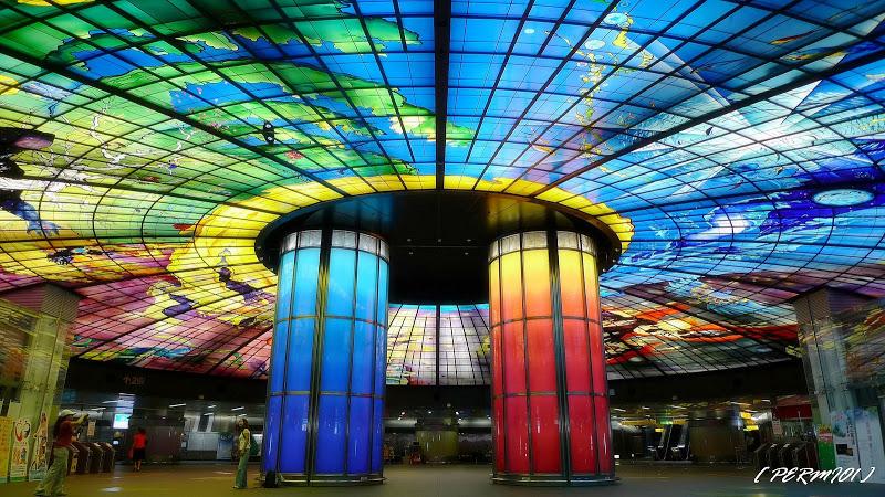 [高雄景點] 全世界最美麗捷運站之一「高雄捷運美麗島站-光之穹頂」!(2015進化 2.0版燈光秀)